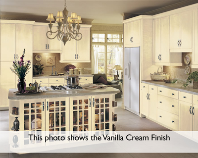 Superieur Kitchen Example Displaying The Armstrong Cabinet Style Rutledge With The  Vanilla Cream Taupe Glaze Finish